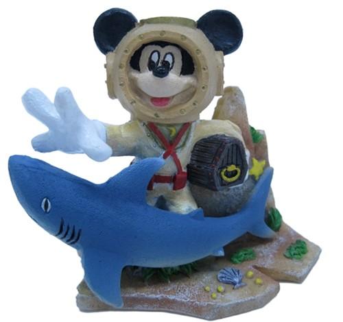 Aquariumornament Disney Mickey Mouse met haai